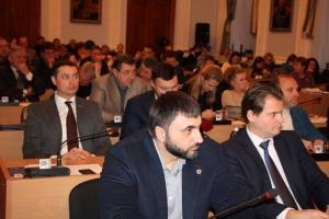 Штат Николаевского горсовета увеличился на 200 человек. На содержание 1050 чиновников выделили 30 миллионов