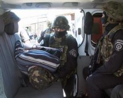 В Одессе вооруженный мужчина взял заложниками работниц аптеки