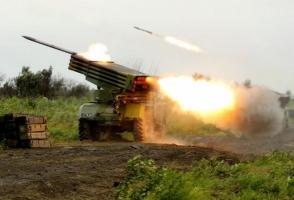 Боевики обстреляли Луганск, есть раненые, - соцсети