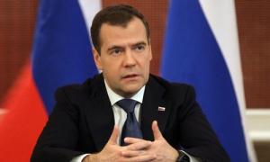 Медведев заявил, что Россия и Запад вступили в новую холодную войну