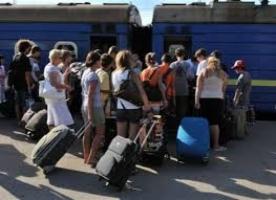 Переселенцы из зоны АТО потребовали от Порошенко узаконить их статус