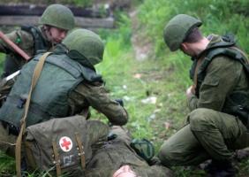 Всех медицинских работников хотят сделать военнообязанными