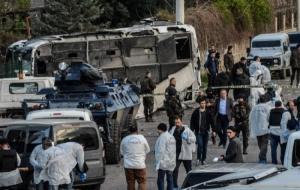 В Турции во время взрыва погибли 7 полицейских