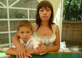 В Одессе пропала женщина с 12-летним ребенком