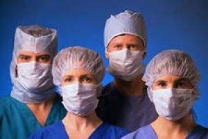 Святая простота: губернатор Николай Круглов убежден, что в медучреждениях области с пациентов денег не берут