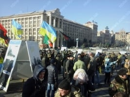 В центре Киева участники АТО требуют наказать Муженко и других виновных в Иловайском «котле»