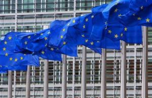 Еврокомиссия будет принимать решения по противодействию российской пропаганды - СМИ