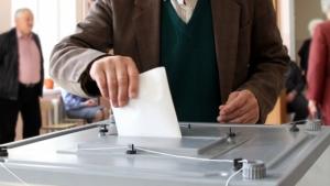В Херсоне будут голосовать умершие и уехавшие