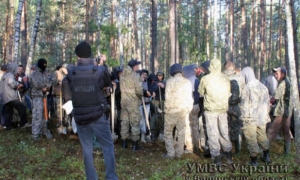В Волынской области за незаконную добычу янтаря задержали 80 человек