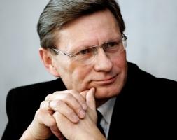 Представителем Порошенко в Кабмине стал реформатор из Польши