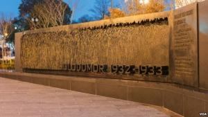 В Вашингтоне открыли памятник жертвам Голодомора
