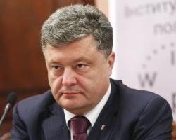 Петр Порошенко отменил проверку фактического места проживания переселенцев