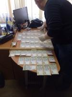 В Одессе на взятке в 25,5 тыс. грн. попалась чиновница инспекции по вопросам защиты прав потребителей