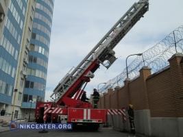 Одесские спасатели учились тушить пожар в многоэтажках