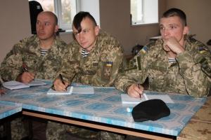 Николаевские морпехи учатся лидерству у военных инструкторов из Европы и США