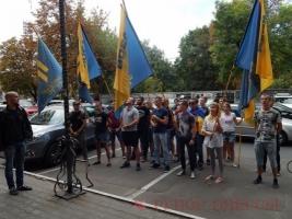 В Одессе активисты «Азова» требовали люстрации руководства фискальной службы