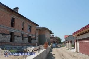 В Николаеве инспекторы ГАСИ проверили законность строительства в Леваневцах