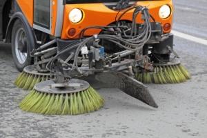В администрации Ингульского района решили не экономить, переплатив за уборку дорог 1,3 млн. грн.