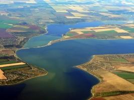 В Одесской области 122 предприятия сбрасывают отходы в водоемы