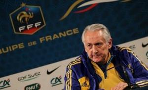 Главный тренер сборной Украины пояснил причину поражения от французов