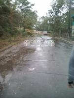 В Одессе - шторм. По всему городу падают деревья и строительные краны. Один человек погиб (ФОТО, ВИДЕО)