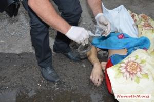 В Николаевской области полицейские на глазах у жены и детей насмерть забили молодого мужчину (ФОТО,18+)