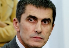 Генерал-майору Назарову было вручено подозрение в служебной халатности, приведшей к гибели 49 военнослужащих