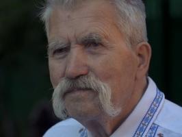 Объявить состояние войны в Крыму, а также в Луганской и Донецкой областях - Левко Лукьяненко