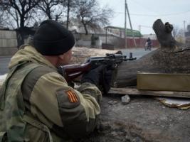 За сутки боевики 64 раза обстреляли позиции украинских военных