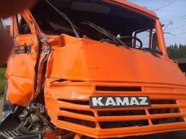 В Николаеве ищут свидетелей ДТП, в котором КамАЗ сбил насмерть пешехода