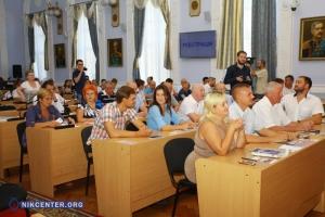 Николаевские депутаты призвали Кабмин пересмотреть тарифы на коммунальные услуги