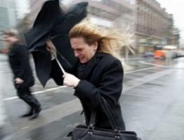 Внимание! Штормовое предупреждение. В Николаеве ожидаются сильные порывы ветра 25-28 м/с