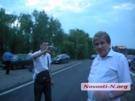 Водители потребовали от начальника николаевского автодора уволиться