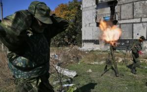 Российские войска случайно обстреляли свои позиции на Донбассе, - разведка