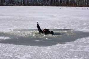 Житель Одесской области погиб, провалившись под лед