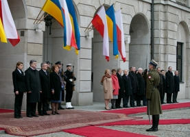 Порошенко будет отмечать 70-летие Победы в Польше
