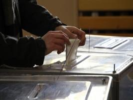 «Спиваковский, Гордеев, Винник, Хлань и Негой лидируют по итогам подсчета 98,19% протоколов на округах Херсонщины», — ЦИК
