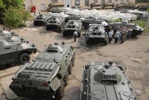 Николаевский бронетанковый завод выпустит более 100 бронемашин для зоны АТО