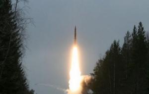 В России был произведен испытательный пуск межконтинентальной баллистической ракеты «Тополь-М»