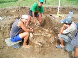 Возле Мариуполя найдены останки древнего человека гигантского роста