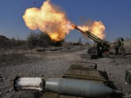 Боевики использовали артиллерию и минометы запрещенных калибров практически по всей линии разграничения – штаб АТО