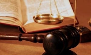 ВР зарегистрировала проект об увольнении 200 судей, среди которых есть николаевский судья