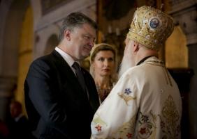 В День крещения Руси Порошенко призвал церкви дать четкую оценку событиям на Донбассе