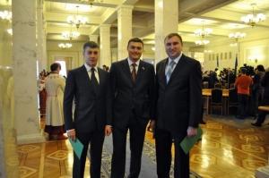 Николаевские нардепы Артем Ильюк, Николай Жук нуждались в материальной помощи и получили ее