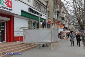 Будкоград на Советской: пиццерия «Челентано» захватила землю и строит летнюю площадку без документов