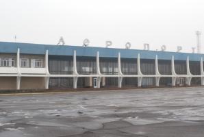 Работники Николаевского аэропорта выразили недоверие своему руководителю
