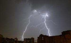 В Одесской и Николаевской областях объявили штормовое предупреждение