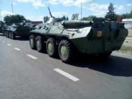 Первая десятка БТР-80 уже едет из Президентского полка в расположение николаевской 79 бригады - Бирюков