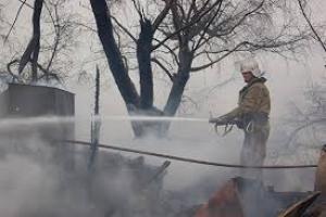 В Николаеве горело хозяйственное здание - причины пожара устанавливаются