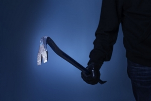 В Одесской области женщину избили ломом грабители